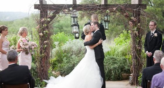 A Wedding of Rustic Elegance