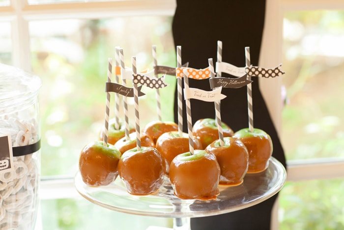 Spooky and Elegant Forrest Halloween Party via Pretty My Party