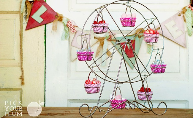 Ferris Wheel Cupcake Stand 62% Off!