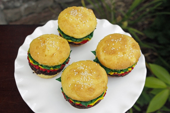 hamburger-cupcakes