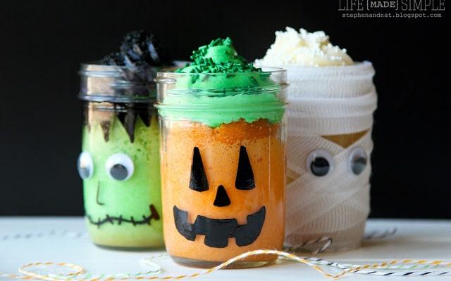 10 Halloween Jar Craft Ideas