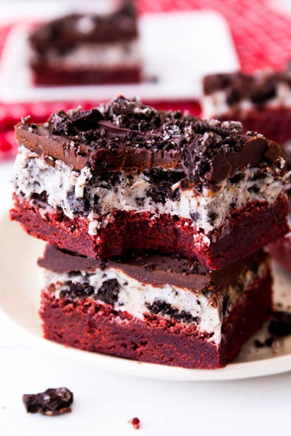 Red-Velvet-Oreo-Brownies