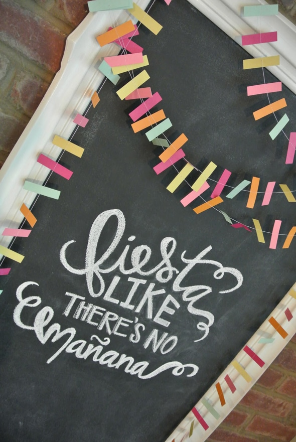 fiesta-chalkboard-print-party-decor