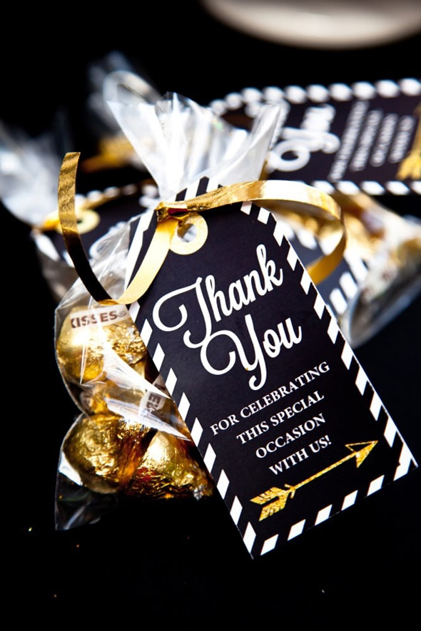 ideas for first communion photos - Black and Gold Graduation Party Pretty My Party