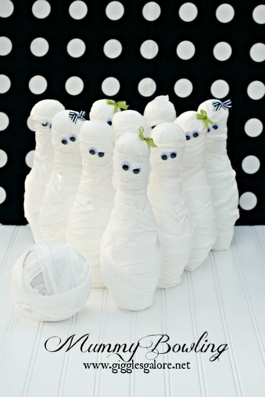 Mummy Bowling Halloween Game