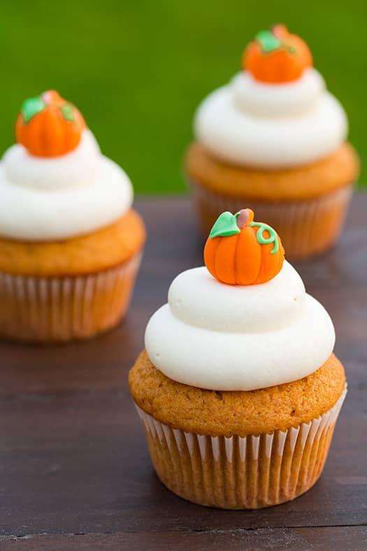 Pumpkin Cupcakes with Cream Cheese Frosting   Little Pumpkin Baby Shower Ideas