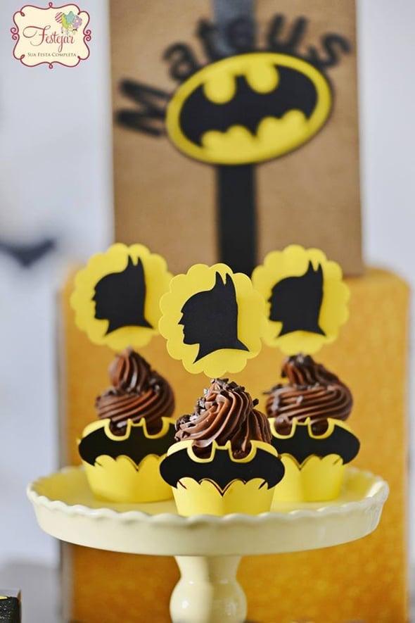 batman-party-cupcakes