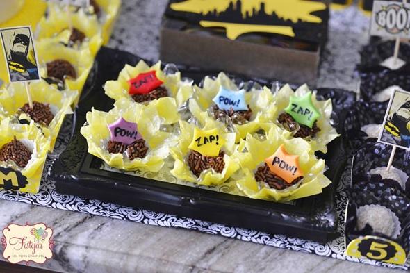 batman-party-desserts