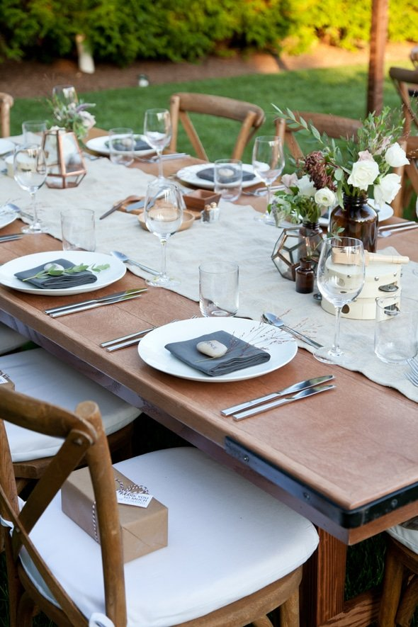 outdoor-party-table