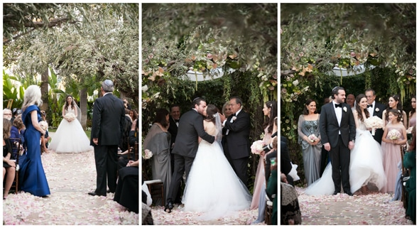 pink-gold-outdoor-ceremony