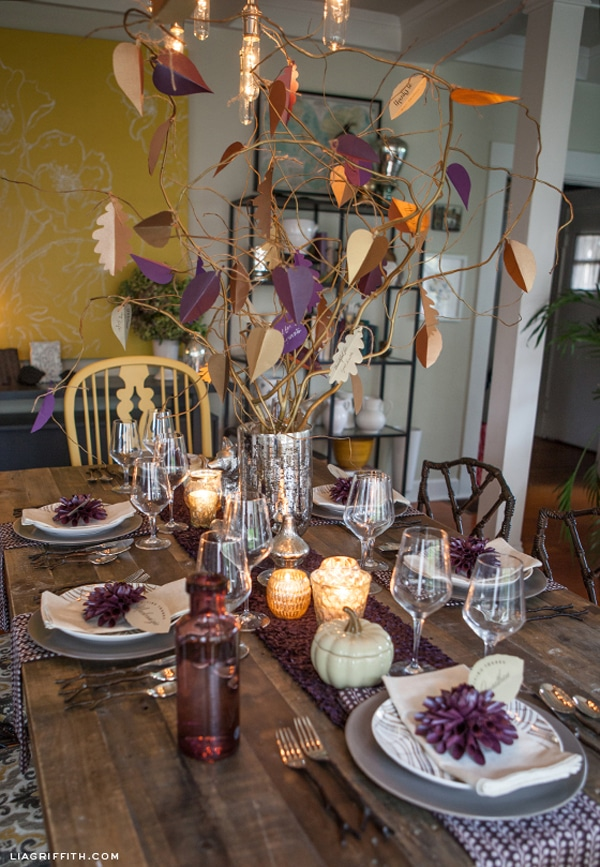 purple-Thanksgiving-table