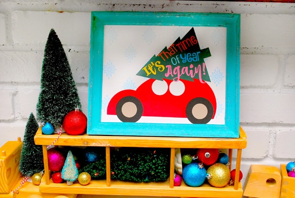 Christmas-Trees-on-Cars-Mantle-plus-Free-Printable-The-Silly-Pearl