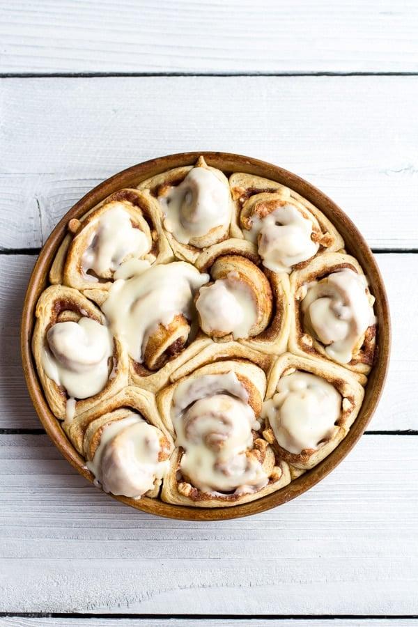 Easy Eggnog Cinnamon Rolls - Eggnog Dessert