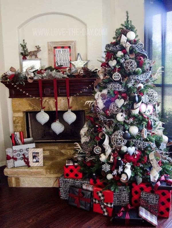 Rustic-Christmas-Tree-