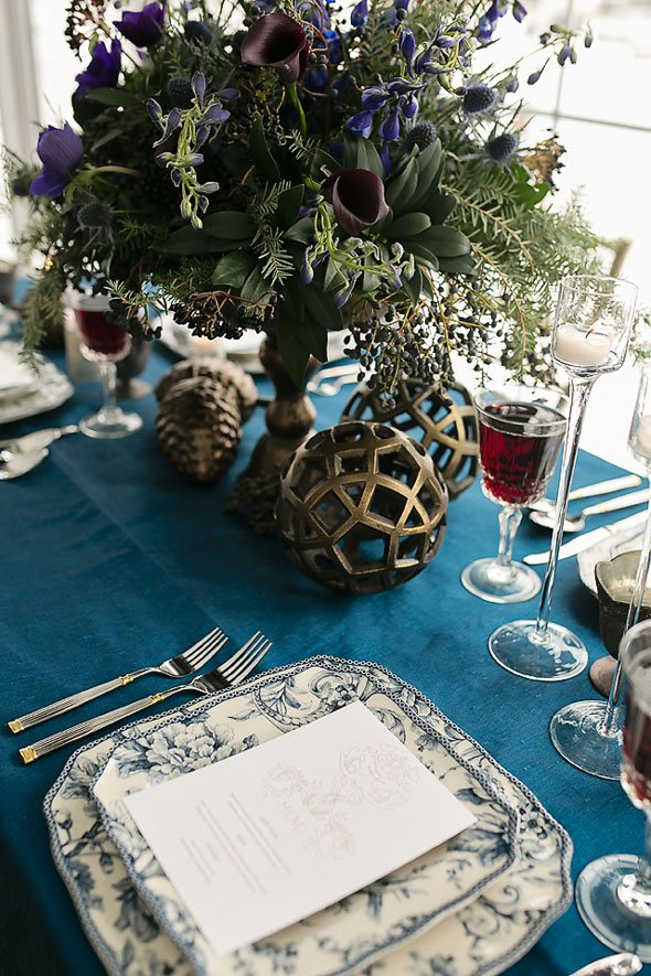 Winter-Wedding-Table-Centerpieces