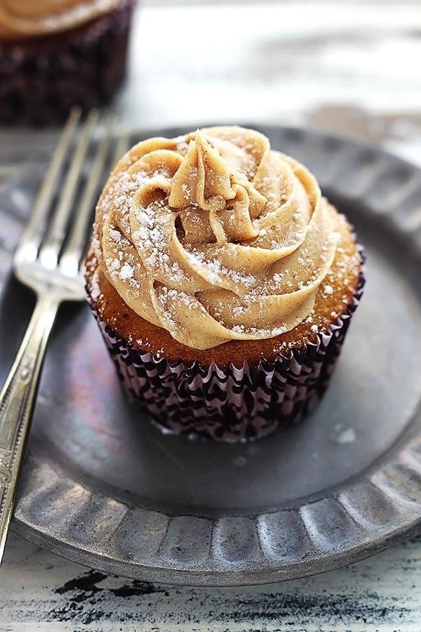 Eggnog Cupcakes - Eggnog Dessert Recipes