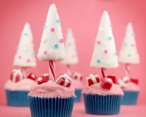 candy-cane-christmas-tree-cupcakes