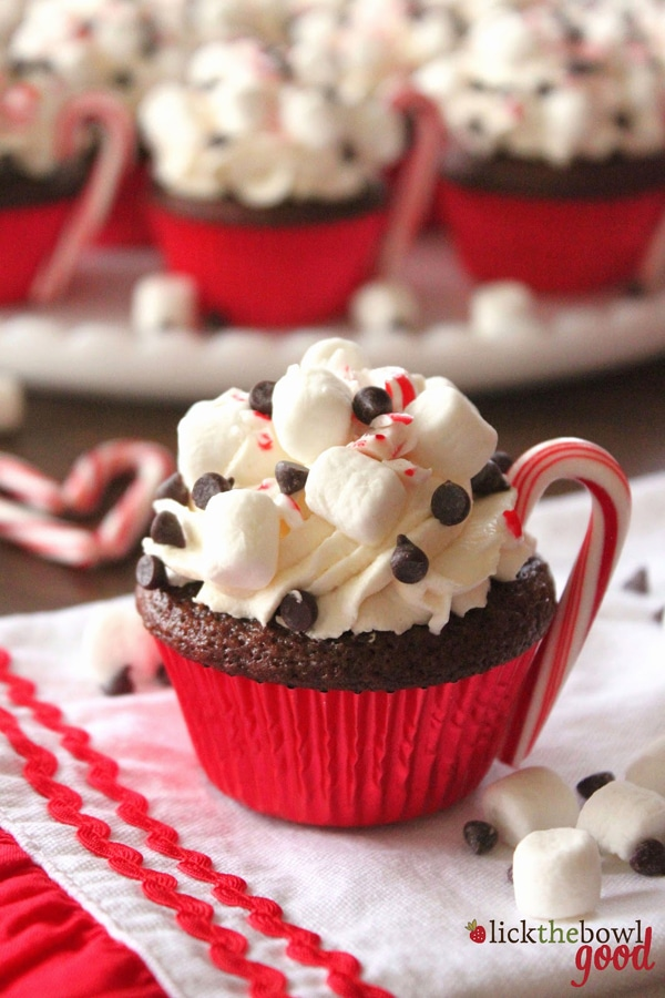 hot-cocoa-peppermint-cupcakes