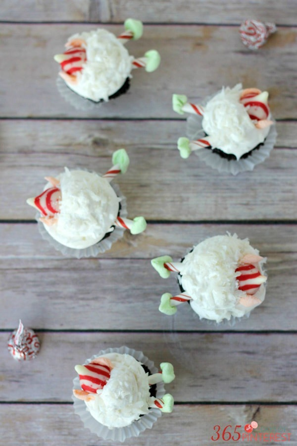 snowball-elf-cupcakes