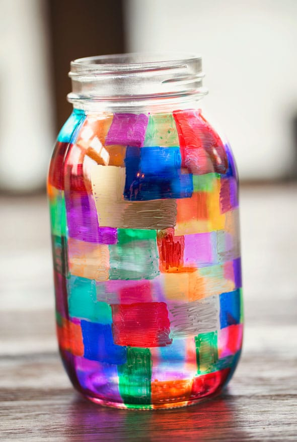 Colorful diy sharpie marker mason jar holder pretty my party for How to stain glass jars with paint