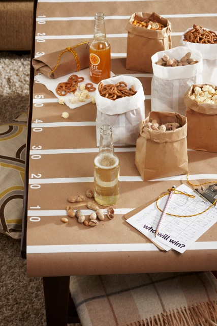 diy-football-field-table-cover-idea