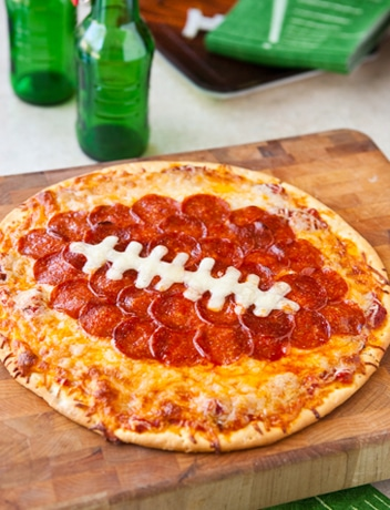 Football Pizza - How to throw a kid-friendly super bowl party