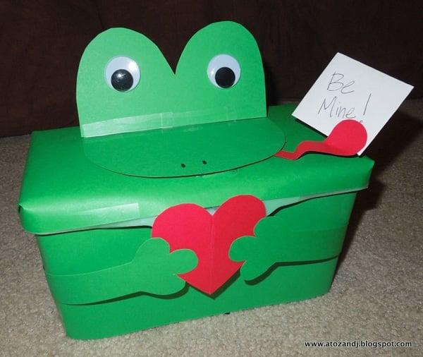 frog valentine box - Soccer Valentine Box