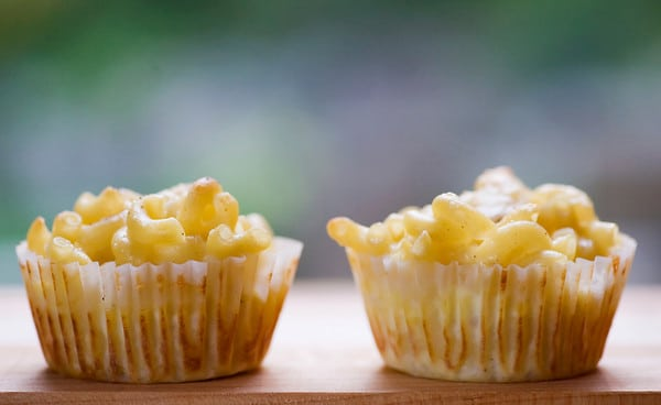 Mac and Cheese Muffins - How to throw a kid-friendly super bowl party