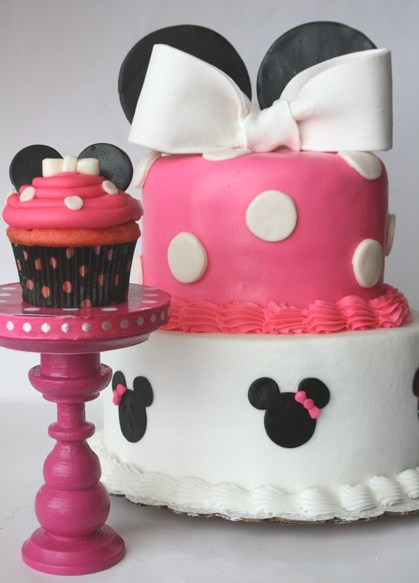 Minnie Mouse Birthday Cake and Cupcake