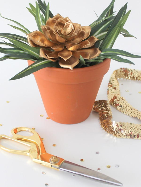 DIY-Sequin-Planter- 2