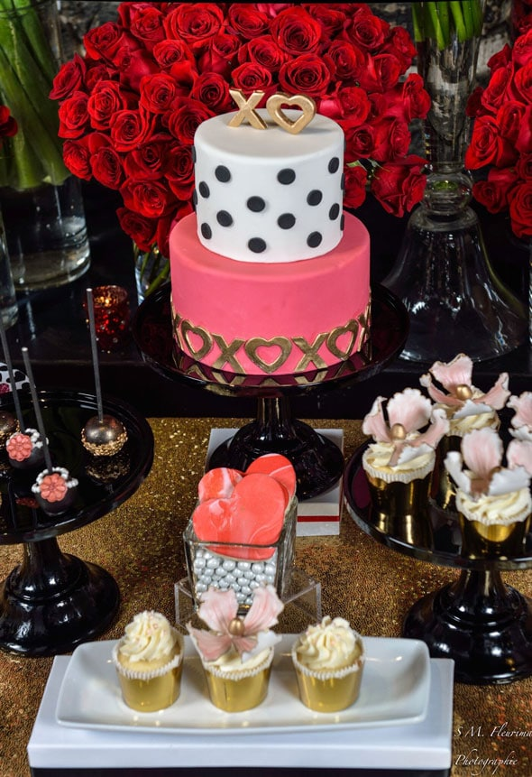 Galentines-Day-Cake-Photo