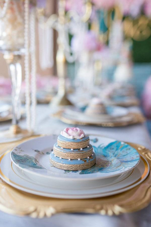 marie-antoinette-1st-birthday-party-cookies-2