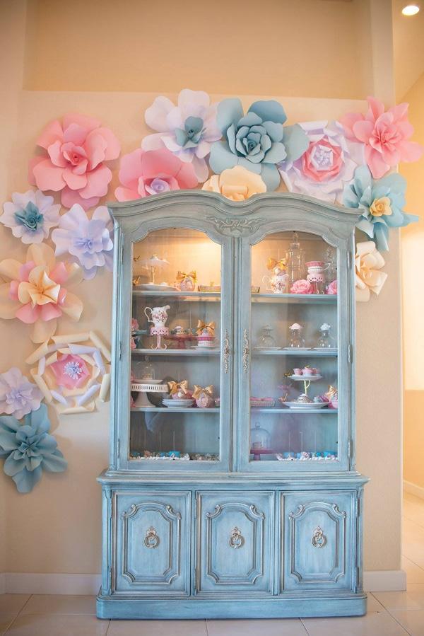 marie-antoinette-1st-birthday-party-decor