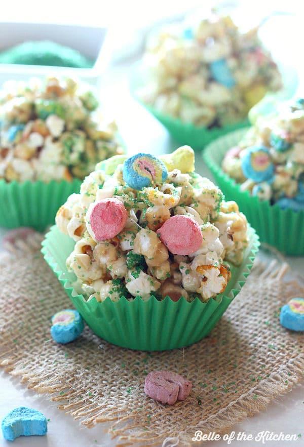 st-patricks-day-popcorn-balls