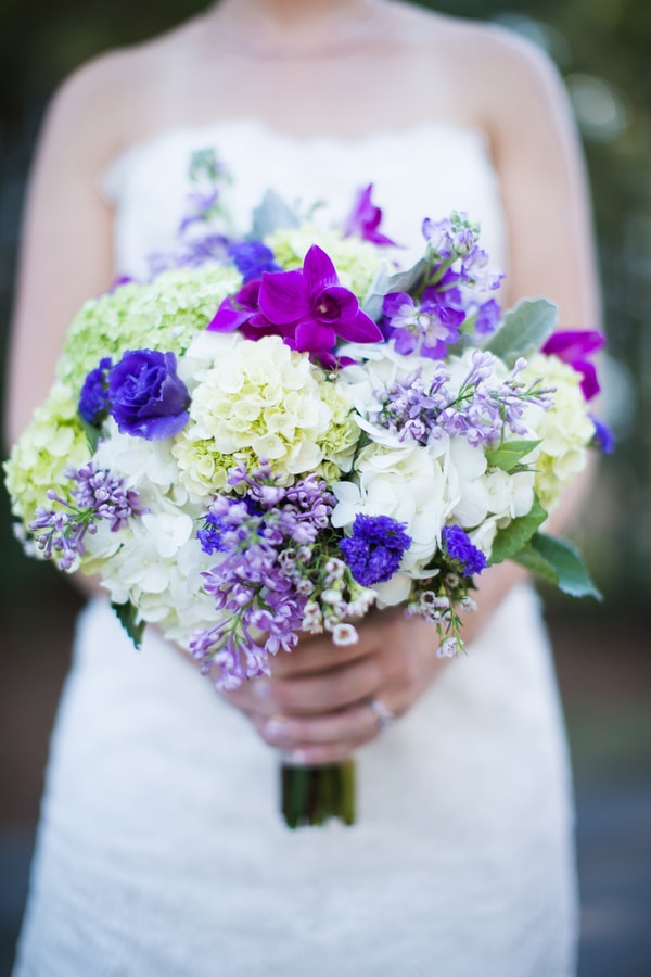 purple-grey-wedding-bouquet