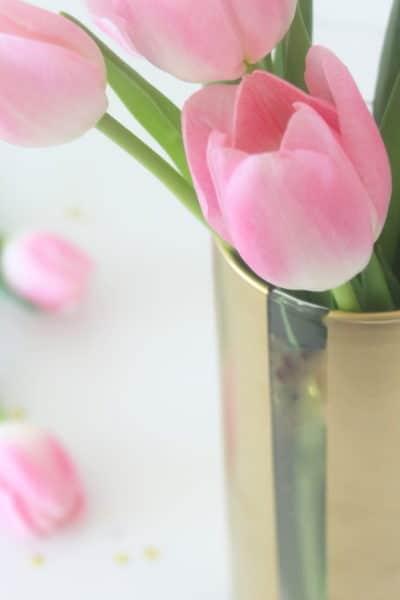 dig-painted-flower-vase-spring-diy