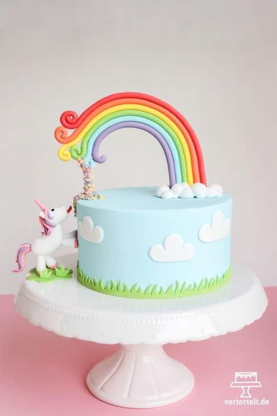 Unicorn Cake - Unicorn Party Ideas
