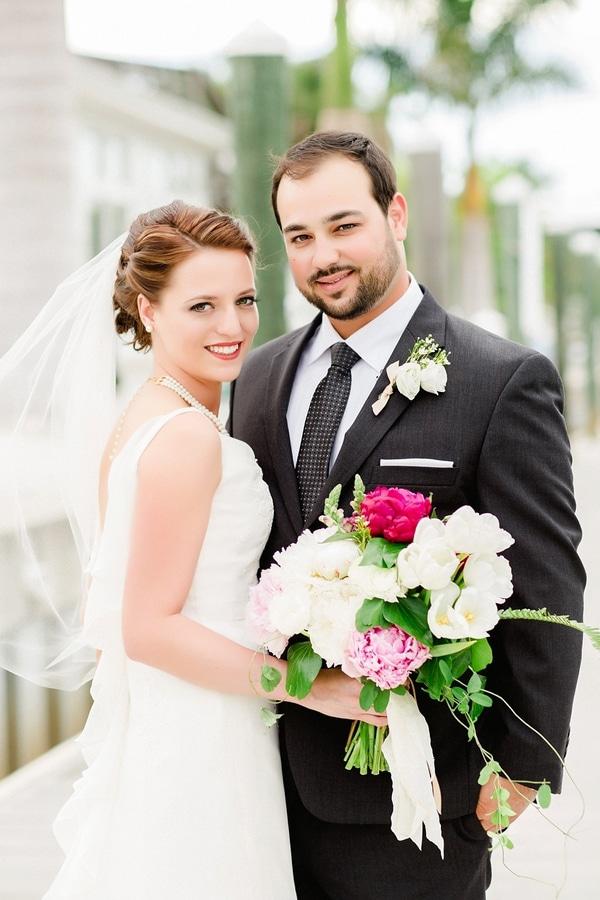 burgundy-ivory-wedding