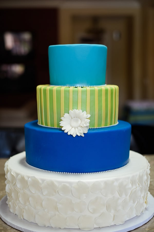 colorful-las-vegas-wedding-cake