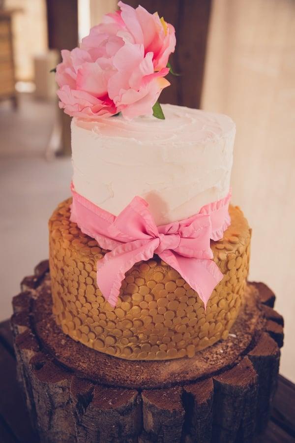 girly-vintage-garden-baby-shower-cake