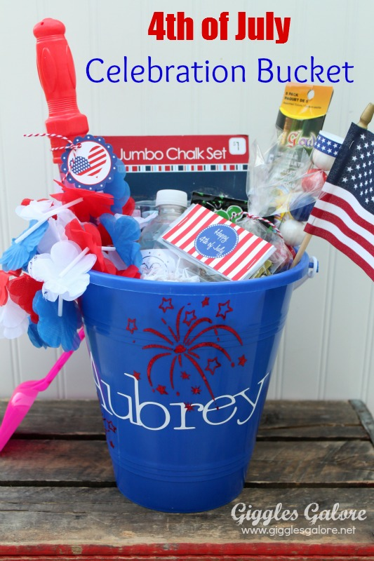 2 4th of July Celebration Bucket, 20 Ideas for Celebrating 4th of July via Pretty My Party