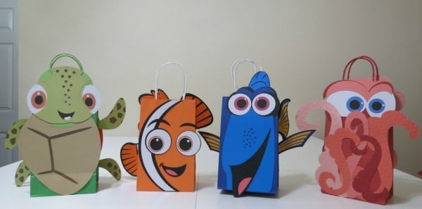 Dory and Friends Goodie Bags, Finding Dory Birthday Party Ideas | Pretty My Party