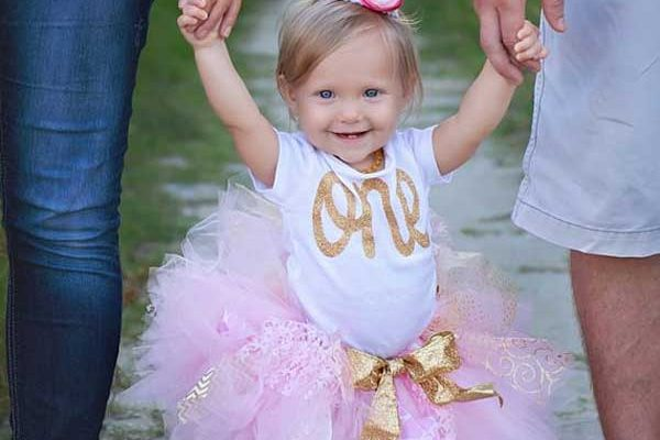 10 Must Take First Birthday Photo Ideas