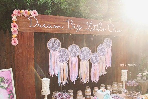 Dream-Catcher-Shelf