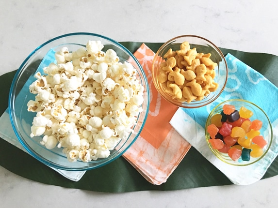 Popcorn Snack Mix, Finding Dory Snack Ideas via Pretty My Party
