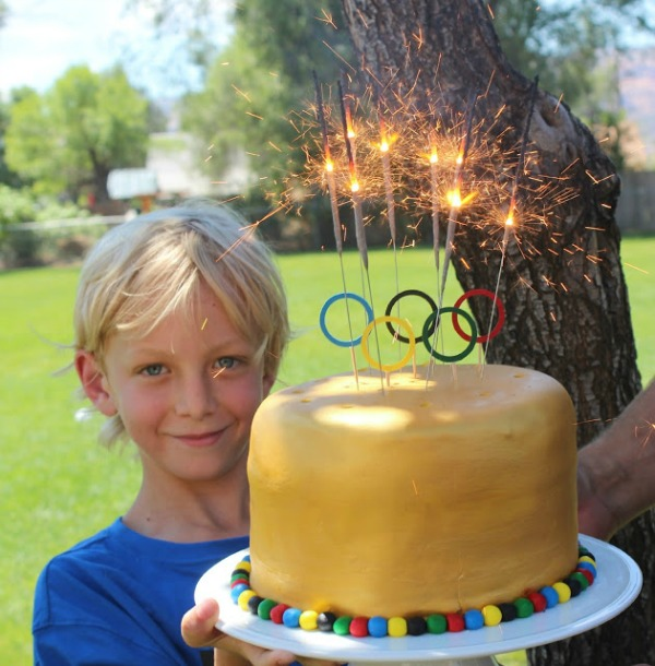 Olympic Sparkler Cake, 3 Creative Olympic Party Ideas via Pretty My Party