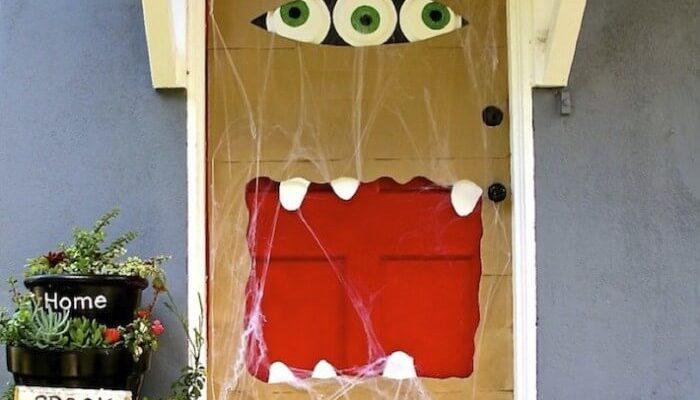 8 Fun Halloween Door Ideas