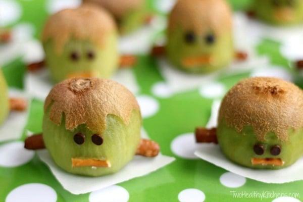 Kiwi-Stein Healthy Halloween Snack