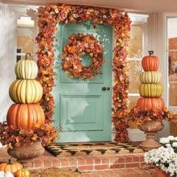 stacked-pumpkin-fall-porch-idea