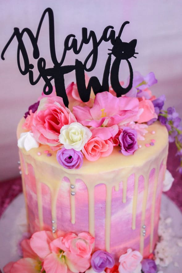 Meow Meow Birthday Party cake via Pretty My Party